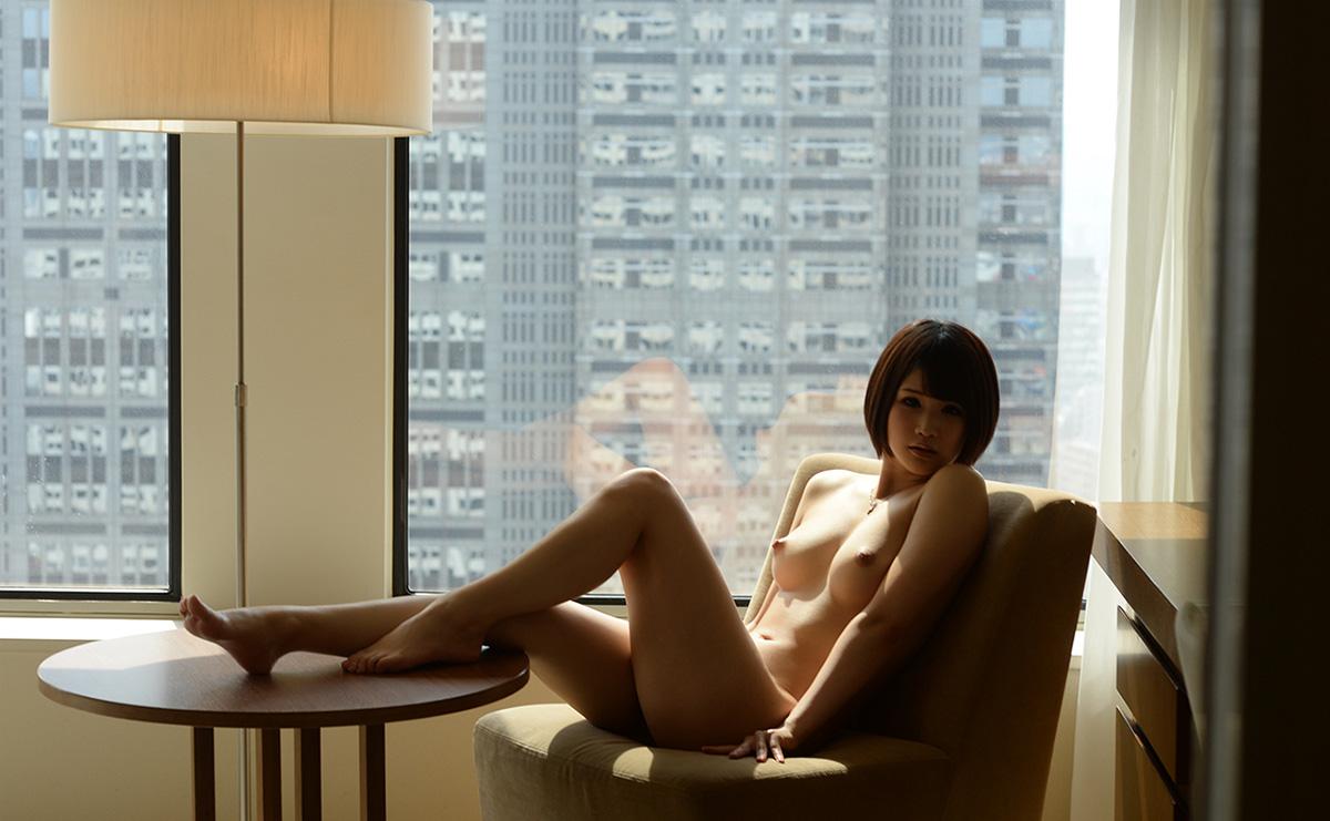 【No.20232】 Nude / 白咲碧