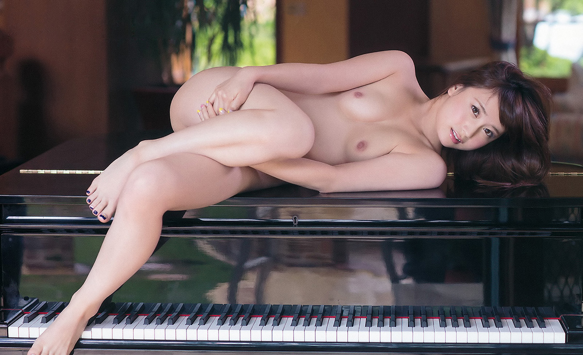 (No.20310) Nude / 初川みなみ