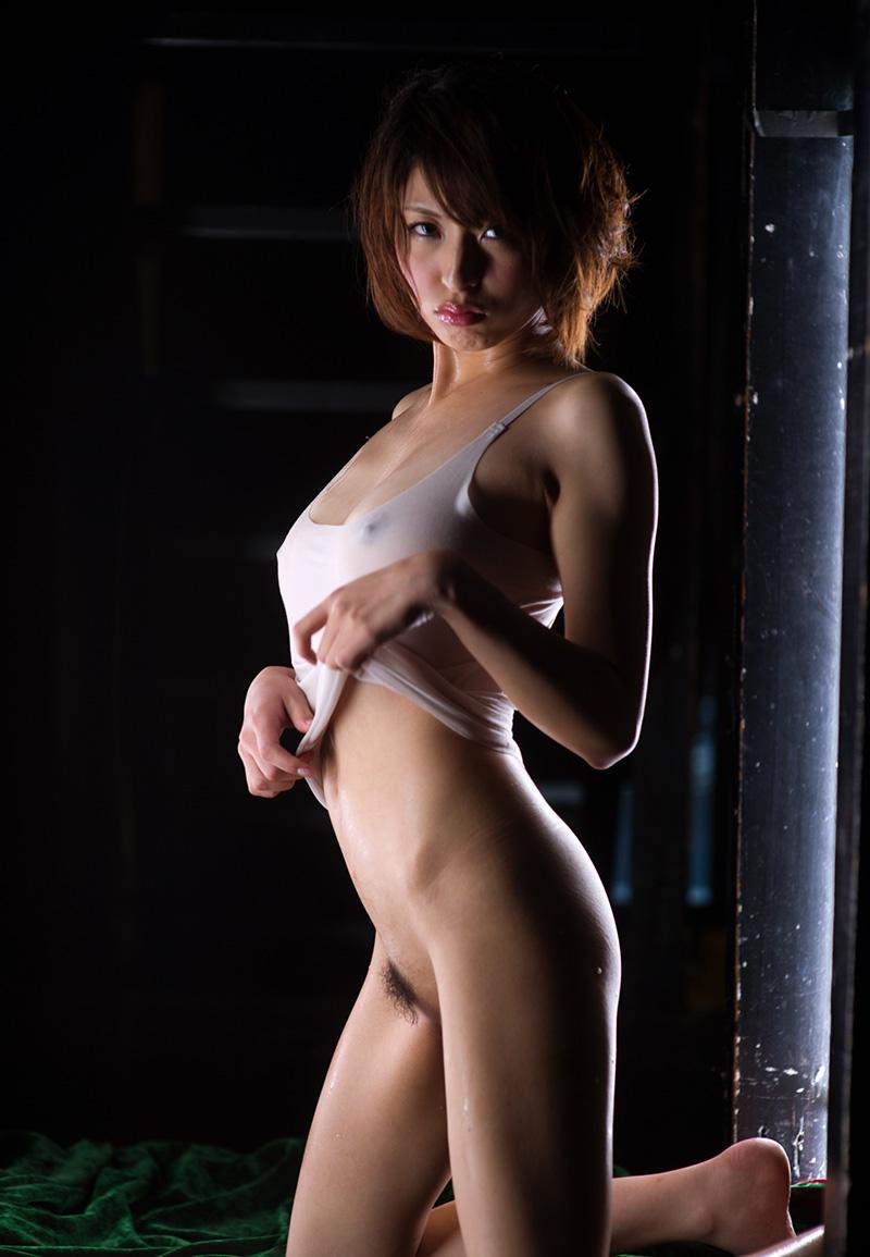 秋山祥子 | 綺麗なお姉さん。~AV女優のグラビア写真集~