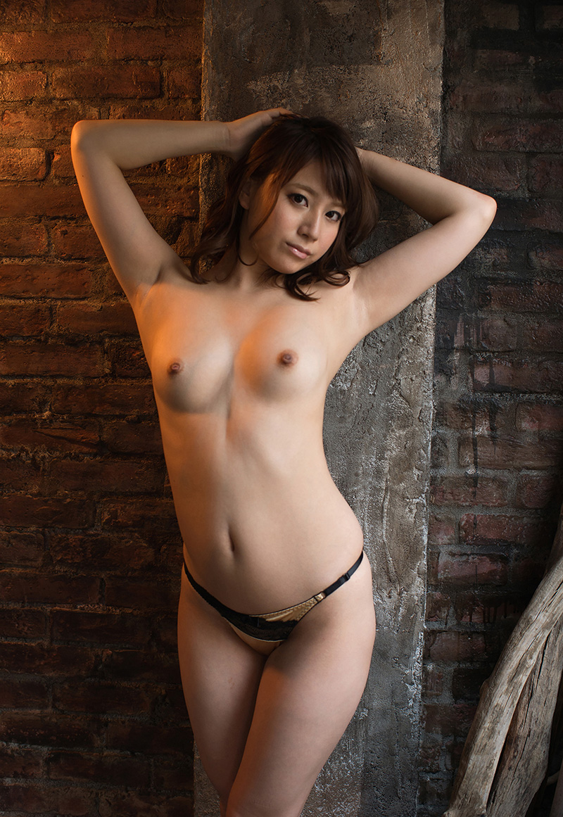 【No.21442】 Nude / 初川みなみ
