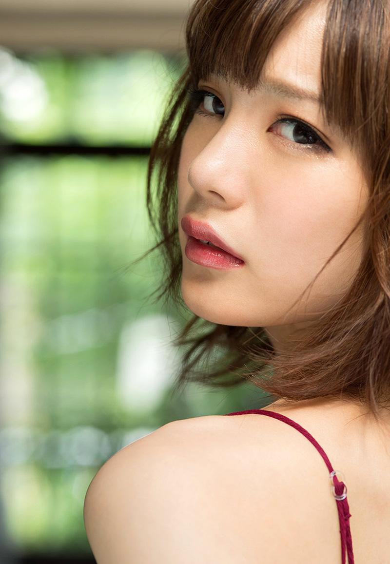 (No.21602) 清楚なオネエさん / 鈴村あいり