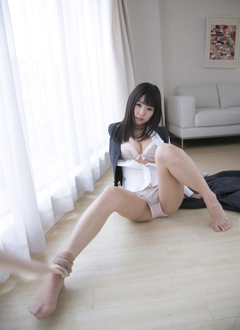 【No.22032】 開脚 / つぼみ