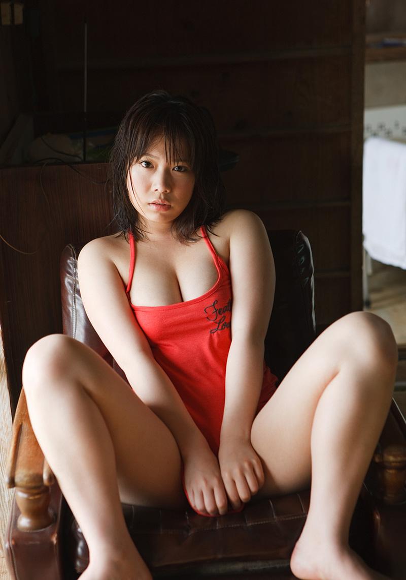 【No.23079】 谷間 / 篠原杏