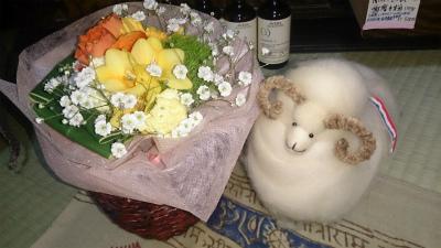 花とヒツジ