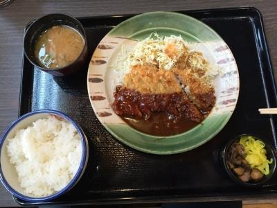 150327かつさと香芝店ロースカツ定食680円ソースを味噌に変更