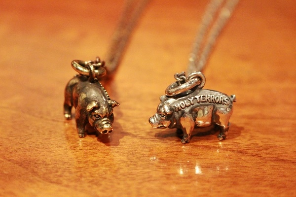 HOLY HOG PENDANT