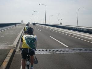 琵琶湖大橋!