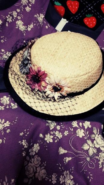 お帽子とワンピース
