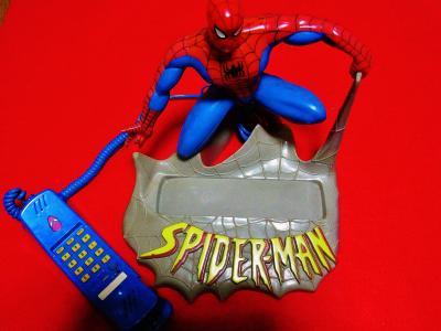 スパイダーマン 電話