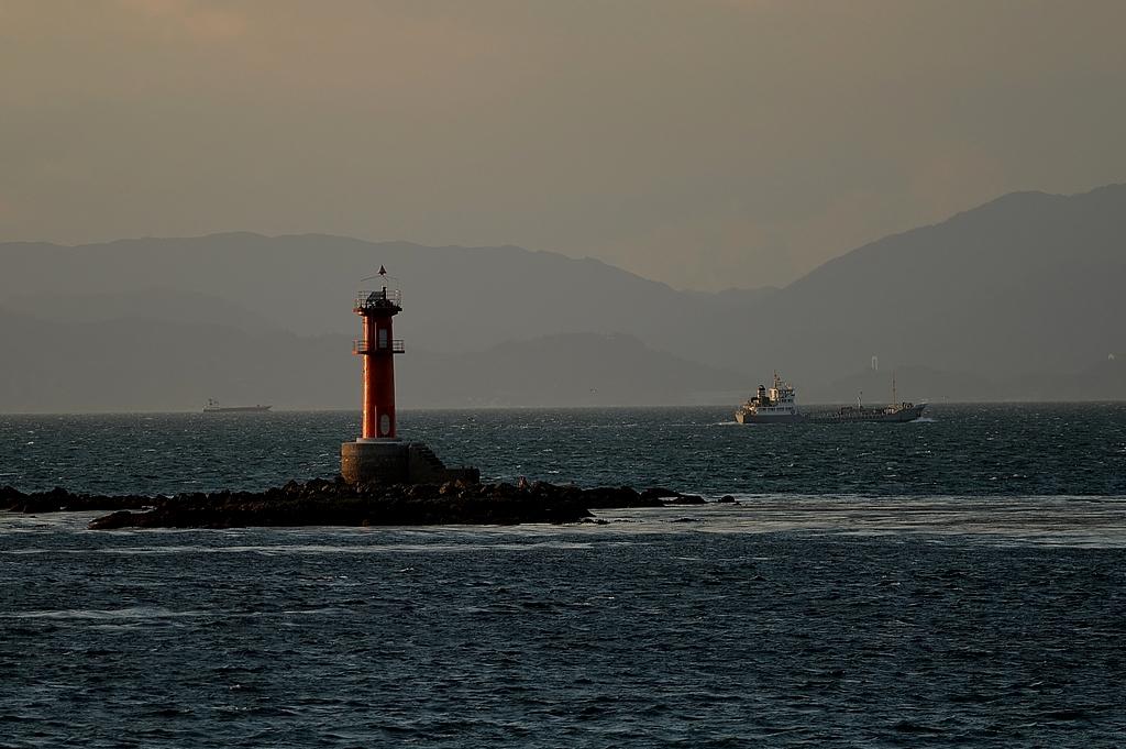 汐出磯灯台