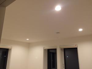 寝室照明全灯