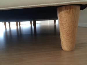 ブロッコのソファの足