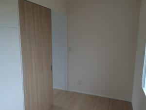 4畳子供部屋ドア
