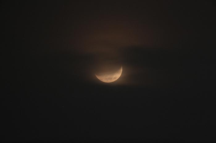 2015年1月25日 天王星食直前、雲に隠された月