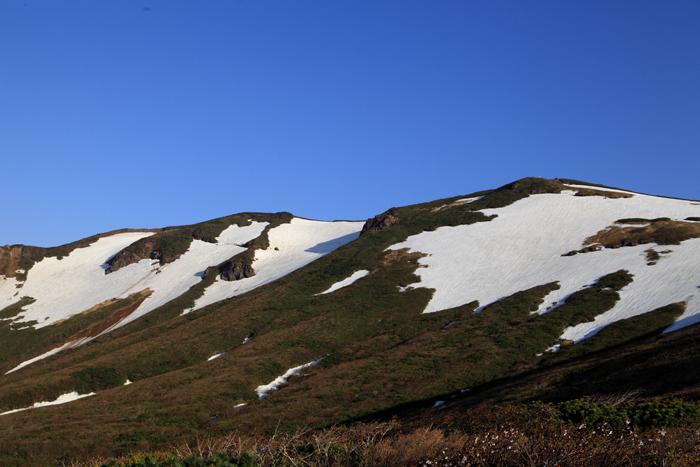 15年5月17日 栗駒山全景