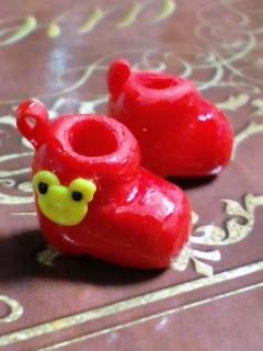 カエルの赤い長靴