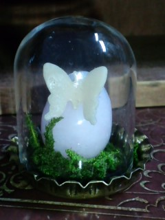 マンガンカルサイト卵 蓄光蝶付き