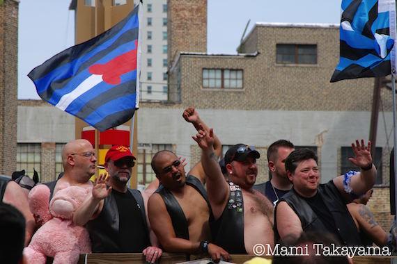 prideparade12.jpeg