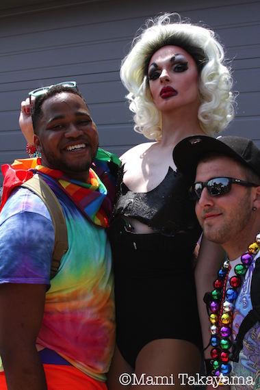 prideparade16.jpeg