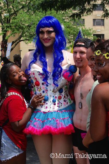 prideparade17.jpeg