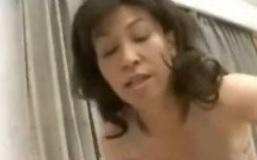 近親相姦動画波木麗子五十路母さんに中出しFC2動画