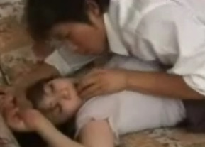 近親相姦動画息子が母を無理やり襲い禁断の関係橘エレナFC2動画