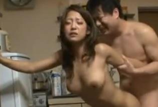 近親相姦動画親族相姦きれいな叔母さん鈴木さとみFC2動画