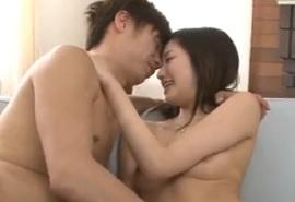 桃谷エリカ宛がわれた男を瑞々しい柔らかなベロで舐めまわす姿は卑猥でエロいxvideos