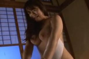 白石茉莉奈灼熱夜、義父に犯されて・・・体液にまみれる濃厚セックス近親相姦FC2動画