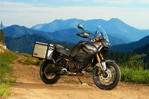 2013-yamaha-xt1200z-super-tenere-attacks-bmw-and-ktm-photo-gallery_9.jpg