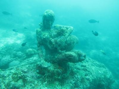 セブツアー 銅像