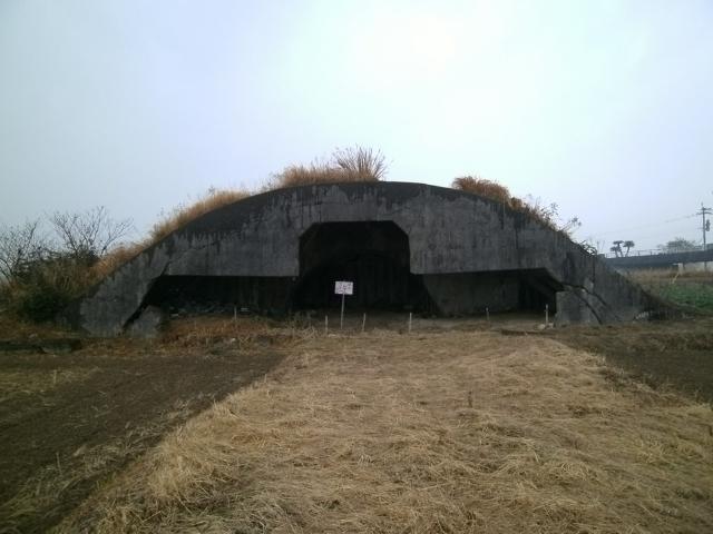 赤江掩体壕1つ目 (2)
