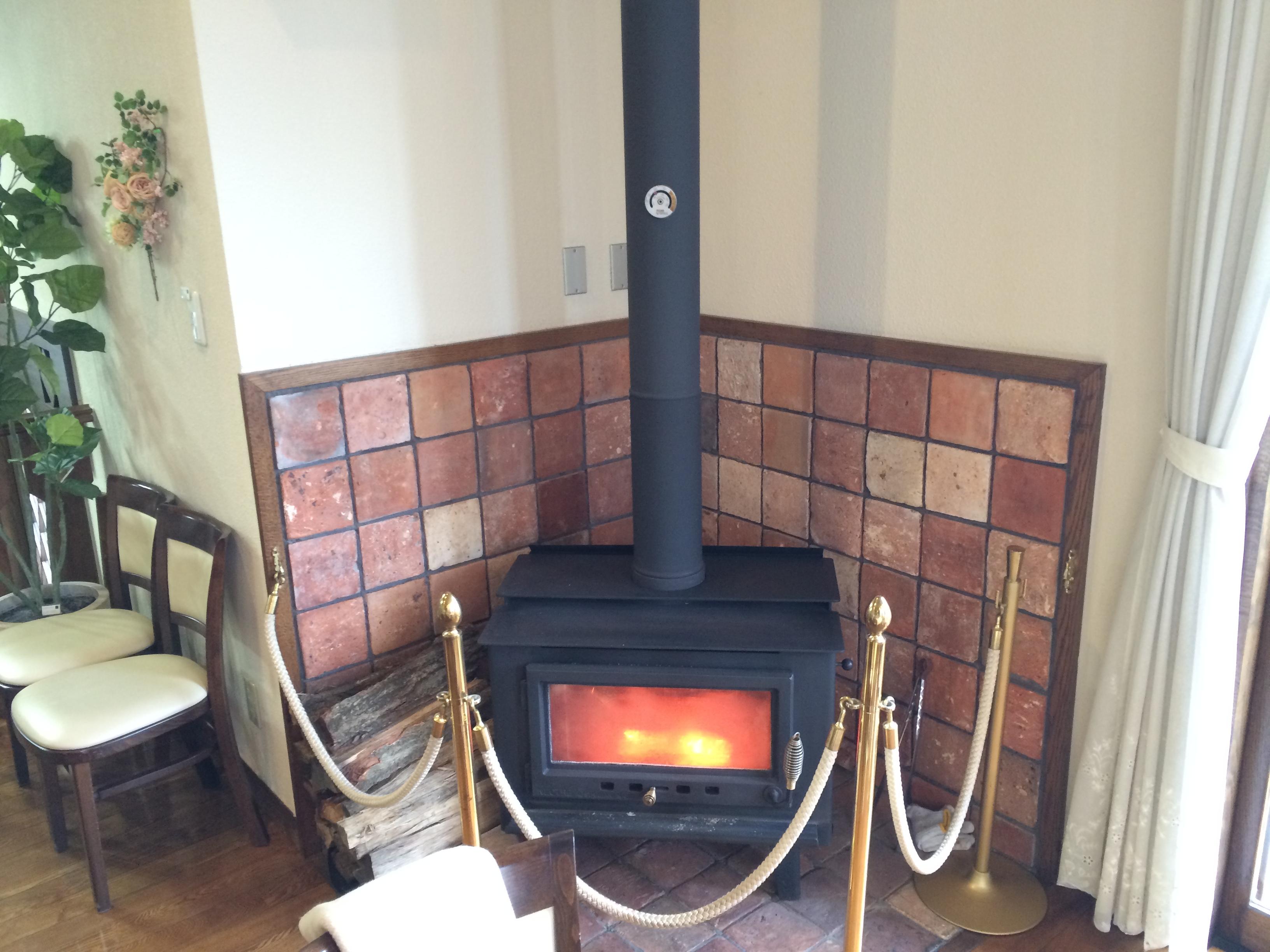 フラワーリッシュ暖炉
