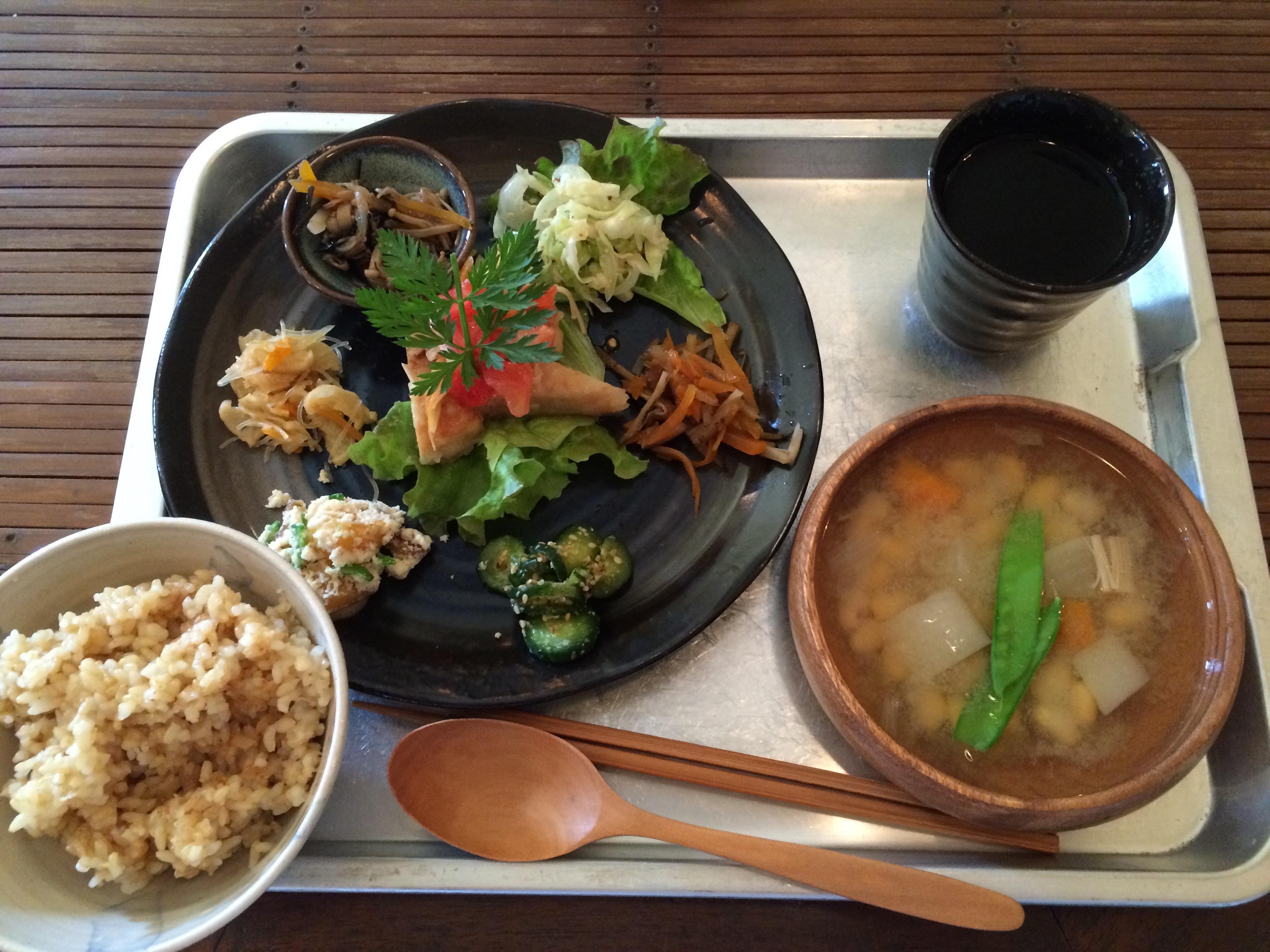 じじカフェ菜菜スープランチ