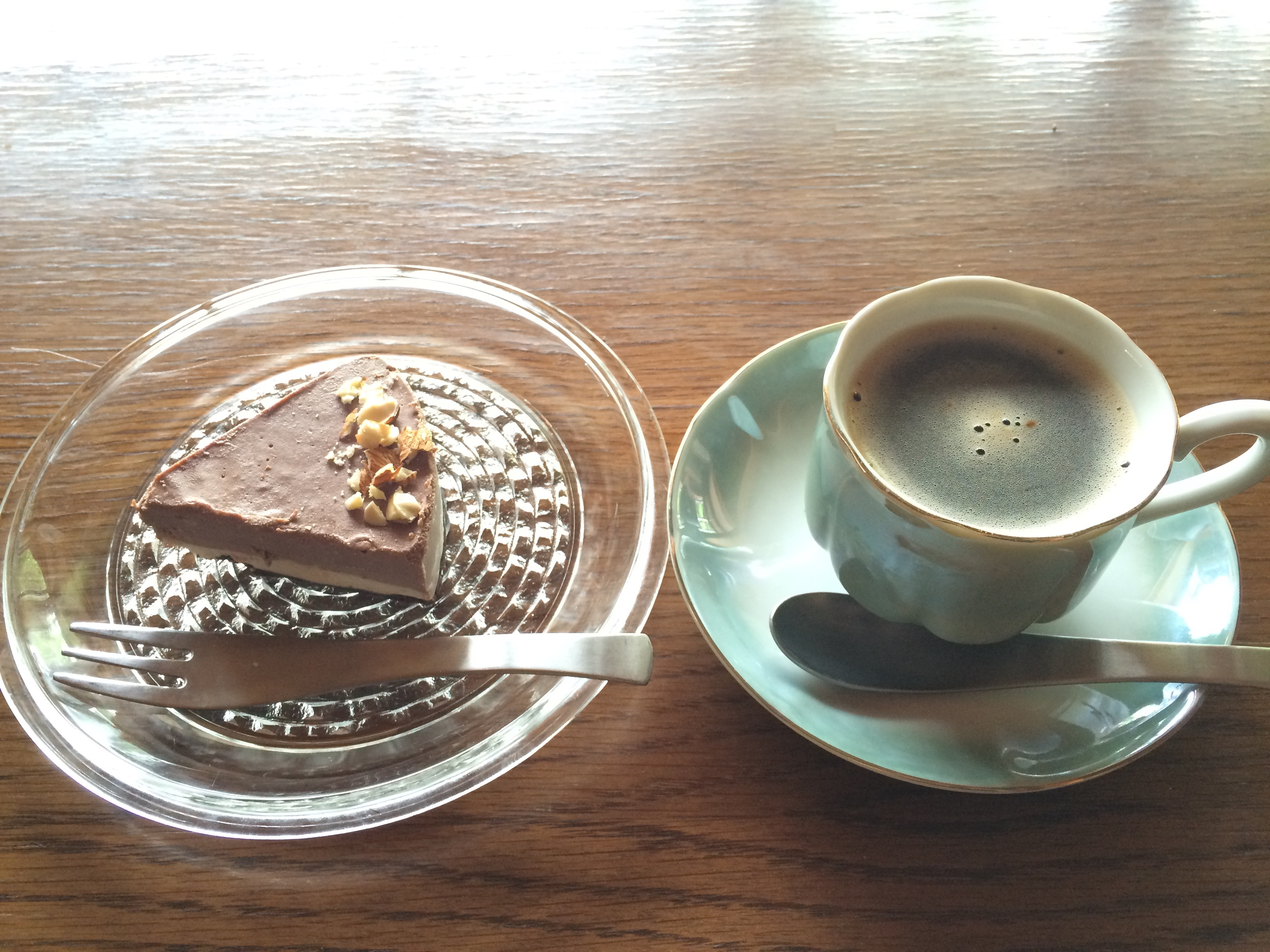 GO VEGAN有機麦芽珈琲とケーキ