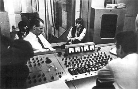 abbey-road-studio-control-room-1963.jpg
