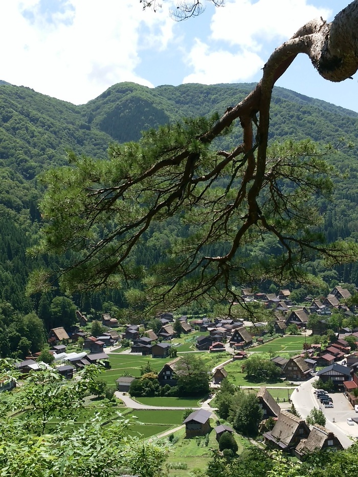 日本の元風景を感じる合掌風景が残る、自然いっぱいのロケーション白川郷 ③