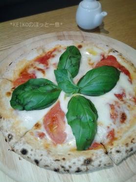 セッテマーレINTONのピザ