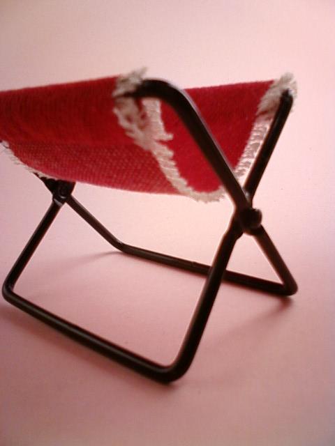 folding_chair_e.jpg