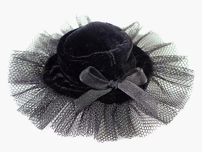 velvet_hat.jpg
