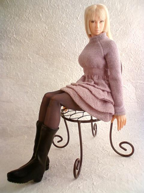 wire_chair_d.jpg