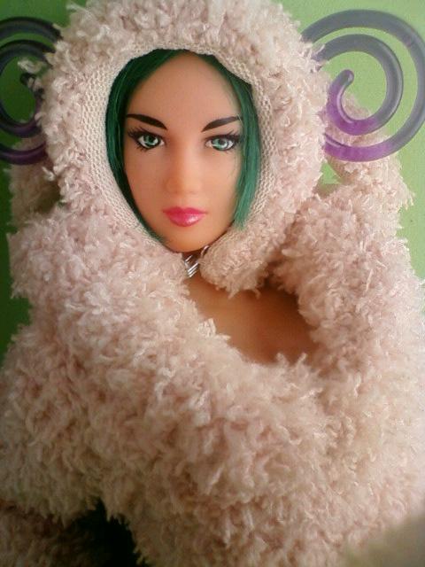 wool_girl_a.jpg
