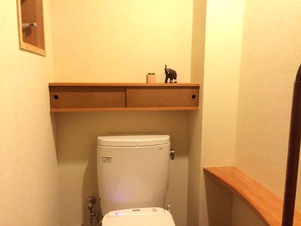 トイレ棚7