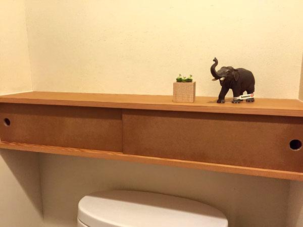 トイレ棚8