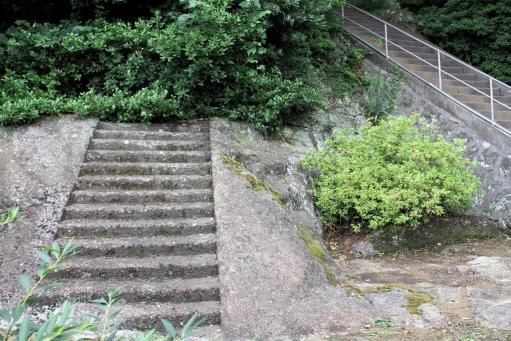 無くなる階段
