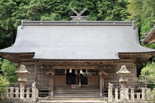 秋鹿神社拝殿