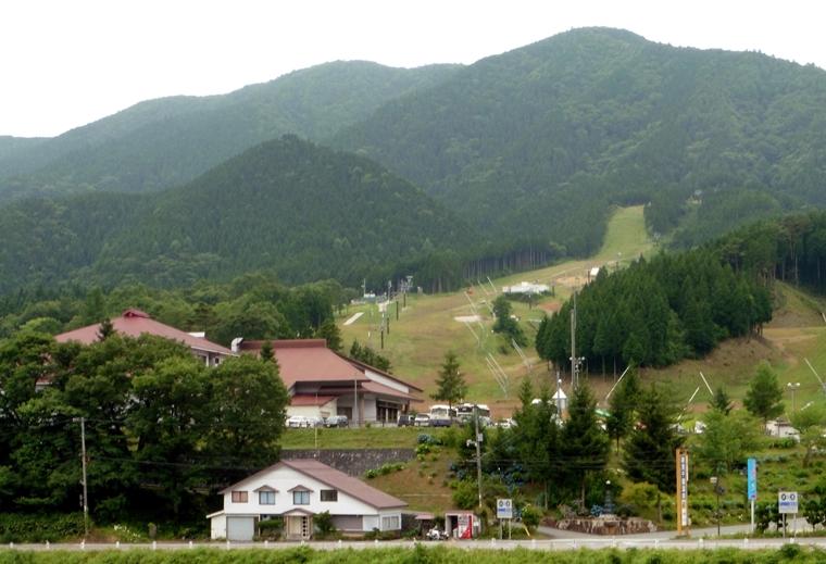 R180号からイブキスキー場・千屋温泉・花見山