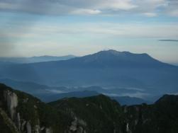 御嶽山と白山