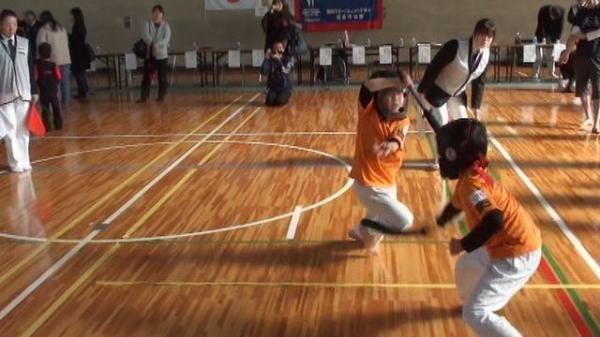 10栄輝VS小次郎