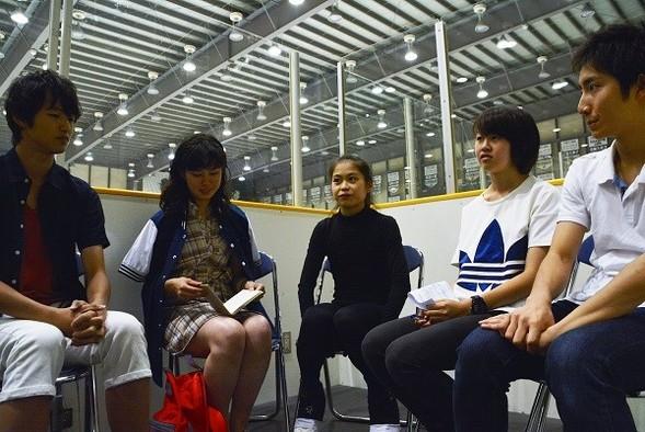 写真左から-ひろき-まり-宮原さん-りお-けい-みんな高校2年生です